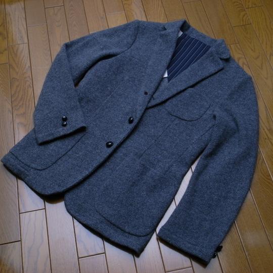 BIBURY COURT(バイブリーコート)ヘリンボーンニットジャケット