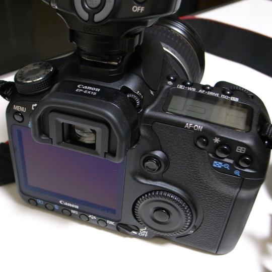 CANON(キヤノン)のデジタル一眼レフカメラEOS50D+アイピースエクステンダー