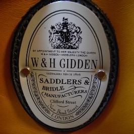 W&H GIDDEN(ギデン)200周年記念レザートート/エンブレム