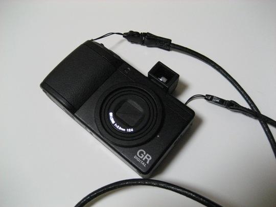 外部ファインダーGV-2×デジカメGR DigitalⅡ×児島商店ネックストラップ