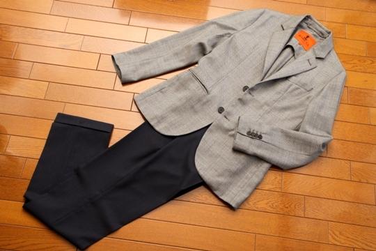INCOTEX(インコテックス)のスラックスJ35/100sトロピカルウール+BARENAジャケット