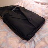 スーツ収納