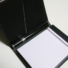 OHTO(オート)ニードルポイントボールペン TASCHE(タッシェ)×YMSKカードホルダー