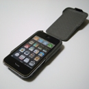 Vaja/iPhone3G用レザーケースivolution Top SP装着