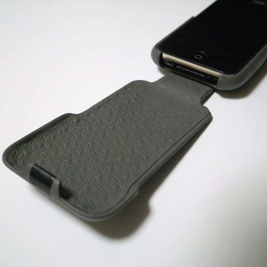 Vaja/iPhone3G用レザーケースivolution Top SP/蓋①