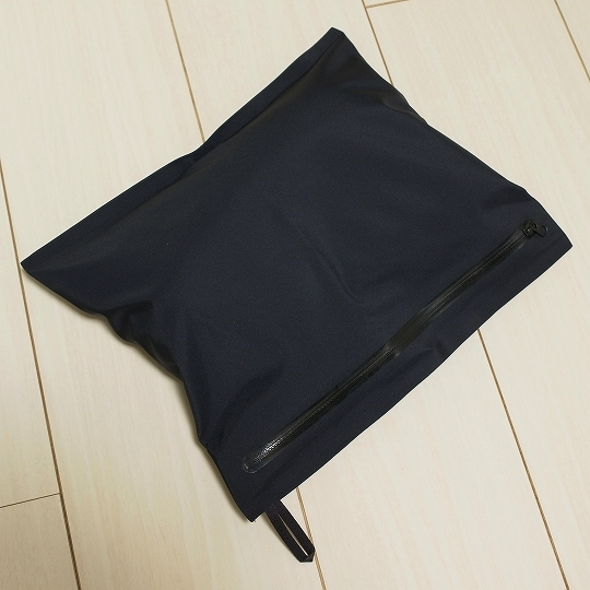 ARC'TERYX VEILANCE(アークテリクス・ヴェイランス)Moniter LT Coat収納袋