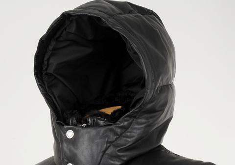 TOMORROWLAND(トゥモローランド)のレザーダウンジャケット/ラビットファーの襟