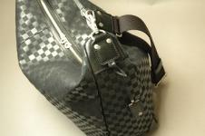HERGOPOCH(エルゴポック)のハンドルショルダーSling Bag/側面