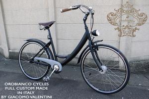 OROBIANCO(オロビアンコ)の自転車