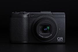 RICOH(リコー)デジタルカメラGR DigitalⅢ正面